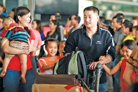 Giải đáp tâm tư, nguyện vọng của cộng đồng người Việt Nam ở nước ngoài