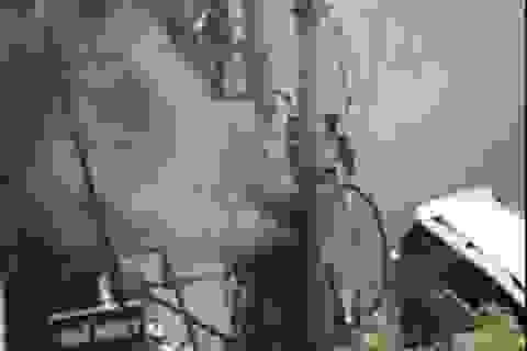 Hà Nội: Trạm biến áp bốc cháy dữ dội
