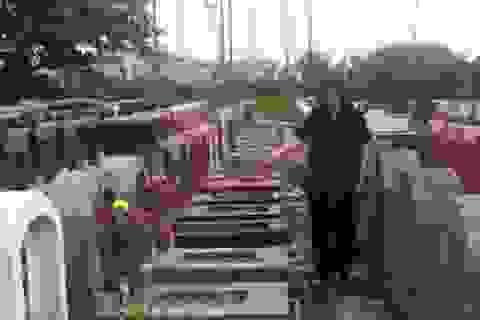 Hà Nội: Hơn 300 ngôi mộ bị kẻ xấu đập vỡ bát hương