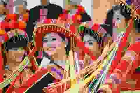 Mùa xuân tôn vinh văn hóa dân tộc 2014