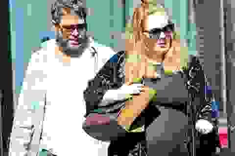 Adele đã sinh con trai