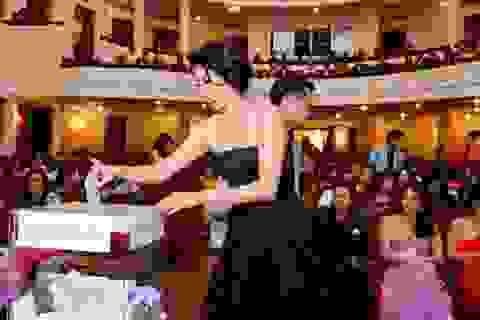 Hơn 500 triệu thu về trong đêm từ thiện Bazaar - Phụ nữ vì phụ nữ