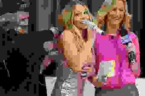 Mariah Carey bị bục váy trên sân khấu