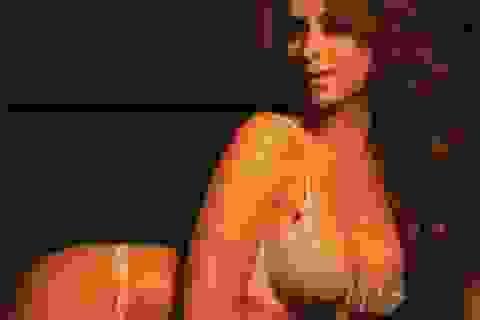 Kiều nữ Jennifer Love Hewitt mang bầu