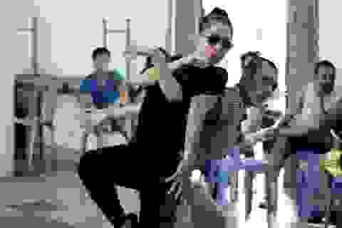Thu Minh tập luyện chăm chỉ cho liveshow