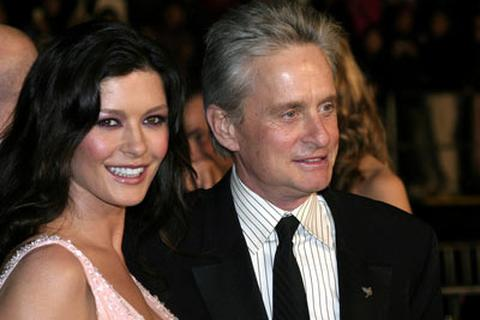 Michael Douglas và Catherine Zeta-Jones ly thân