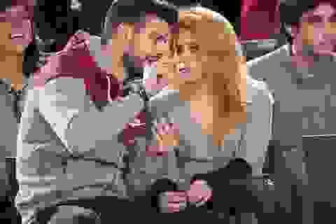 Shakira và bạn trai đi xem bóng rổ