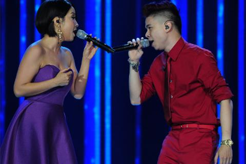 Xem lại những màn trình diễn đẹp của Giọng hát Việt 2013