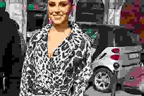 Cheryl Cole bất ngờ xuất hiện tại tuần lễ thời trang Milan