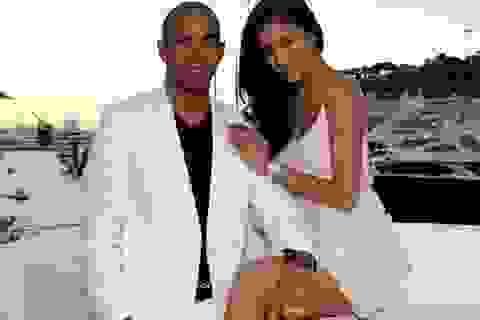 Lewis Hamilton chưa cầu hôn Nicole Scherzinger
