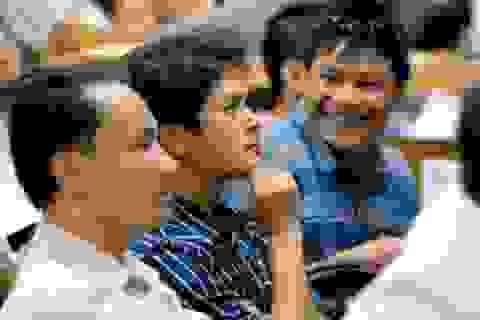 Down Jones vượt kỷ lục mọi thời đại, chứng khoán Việt phục hồi