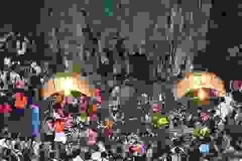 Vắng bóng thịt thú rừng treo lơ lửng đường lên chùa Hương