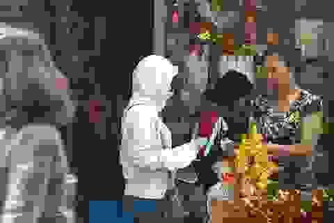 """Hà Nội: """"Chợ đen"""" đổi tiền lẻ lui vào hoạt động bí mật"""