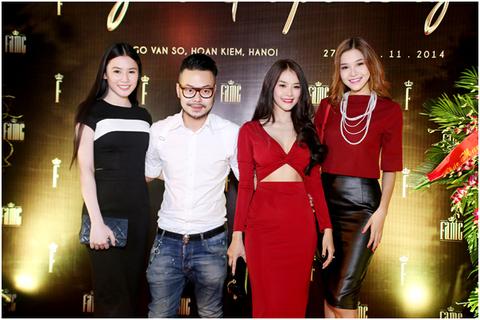 Linh Chi gợi cảm dự tiệc