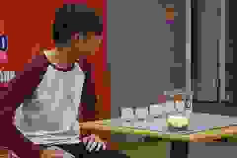 Nghi án Tấn Phát uống nhầm axít để tạo scandal