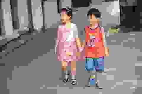 Ngắm bộ ảnh street style đáng yêu dành cho các bé