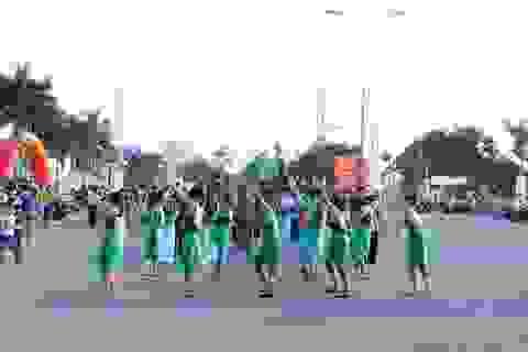 Rộn rã lễ hội đường phố tại Cần Thơ