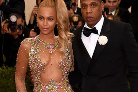 Beyoncé và Jay Z nhờ người mang thai hộ ?