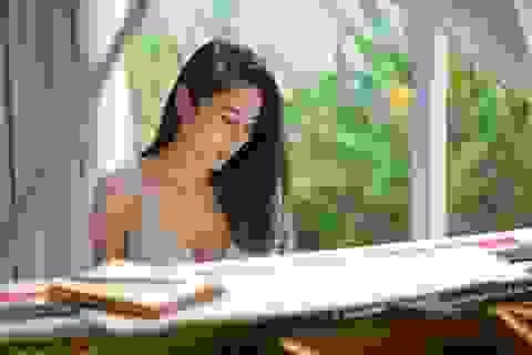 """Thủy Tiên ngọt ngào trong """"Sài gòn bận lắm"""""""