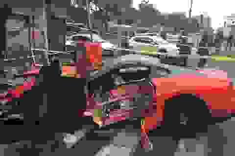 Nhân viên khách sạn đâm hỏng xe Ferrari của khách