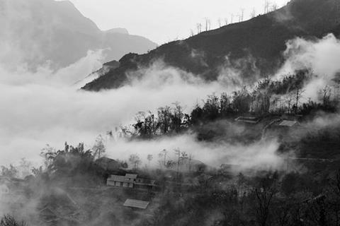 Quyến rũ đến mê hoặc mùa mây Sa Pa