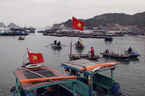 Có một Việt Nam gần gũi, thân thương qua ống kính du khách Tây