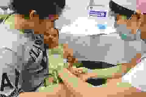 Cung cấp vắc xin miễn phí ngay tại điểm tiêm dịch vụ