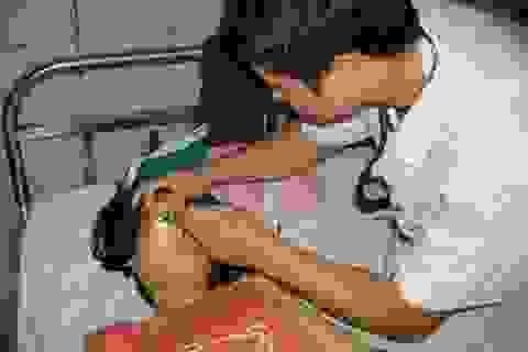 """Sẽ """"tẩy độc"""" cho trẻ nhiễm chì tại làng nghề Đông Mai"""
