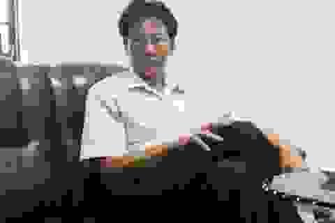 Vụ dân tố cán bộ xã vòi tiền bôi trơn: Chủ tịch xã thóa mạ, yêu cầu phóng viên bỏ nghề