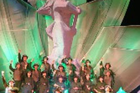 """Hồi ức lịch sử hào hùng qua chương trình """"Vinh quang bộ đội Cụ Hồ"""""""