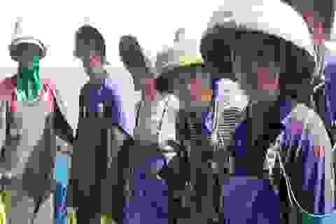 4 tàu cá với 50 thuyền viên Trung Quốc đánh cá trong vùng biển Việt Nam