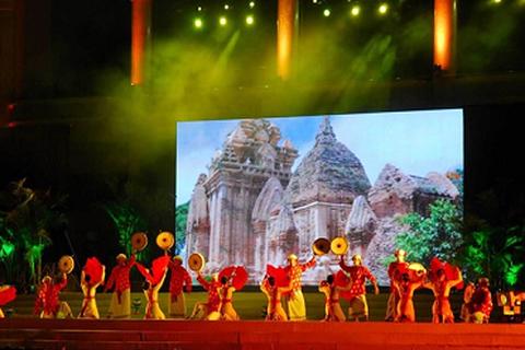 MBLand đồng hành cùng Khánh Hòa tổ chức Festival Biển Nha Trang 2015