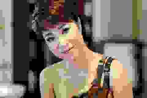 5 ca khúc gây ảnh hưởng tới showbiz Việt 2012