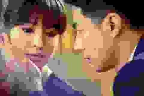 Song Hye Kyo bị trai đẹp khước từ?