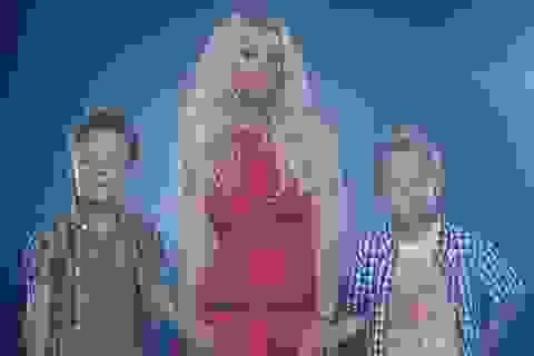 Britney Spears khoe hai con trai trong clip mới