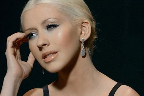 Christina Aguilera đẹp hoàn hảo trong clip mới