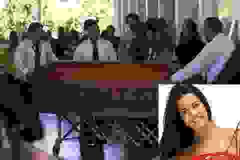 Đám tang đầy nước mắt của hoa hậu bị bắn chết