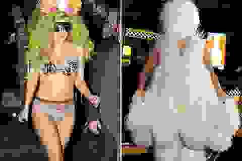 Lady Gaga: Từ người Tuyết không mặt tới nàng tiên cá!