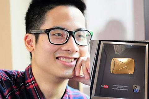 """Vlogger """"hot"""" nhất Việt Nam nhận giải thưởng của Youtube"""