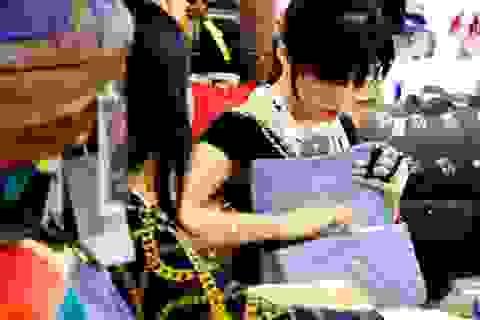 """""""Tai nạn"""" thường gặp khi giới trẻ mua hàng trên mạng"""