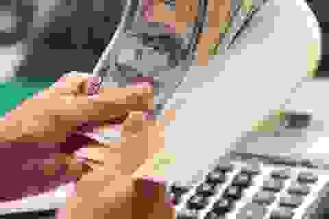 """Việt Nam """"tiết kiệm"""" trên 12 tỷ USD nhờ cơ cấu lại nợ"""