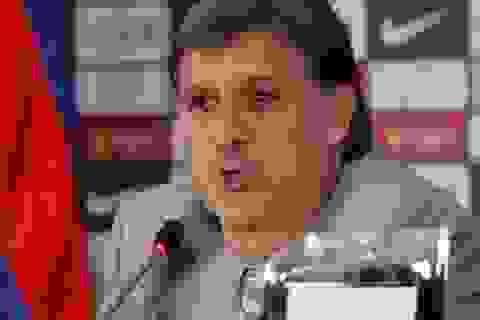 """""""Tata"""" Martino chính thức ra mắt ở Nou Camp"""