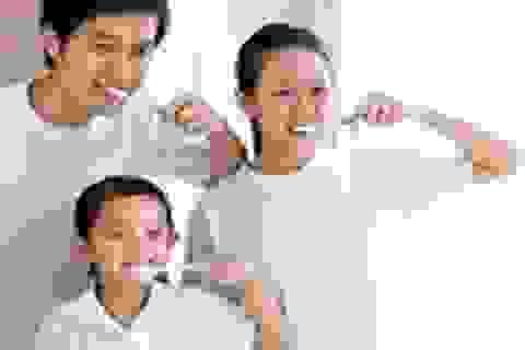 """Chải răng đúng để ngừa sâu """"ăn"""" răng"""