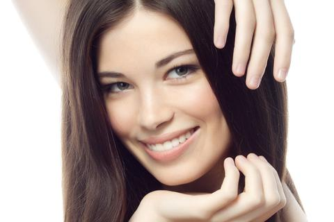 Bí quyết ngăn rụng tóc của phụ nữ Pháp