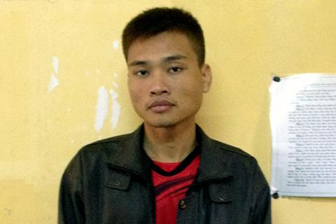 Hà Nội: Kẻ trộm thản nhiên ngồi nghe nhạc trong nhà khổ chủ