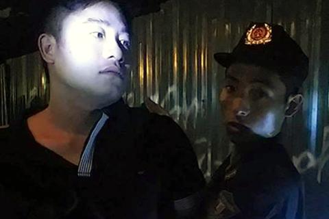 Nhân viên hợp đồng ở Đại sứ quán tấn công lực lượng 141