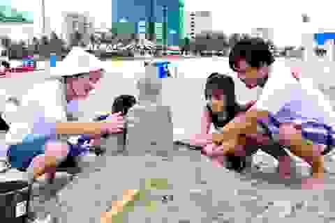 Độc đáo những bức tượng cát trên bãi biển Đà Nẵng