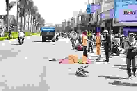 Va chạm với xe tải, hai nữ sinh viên tử nạn tại chỗ
