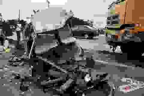 Lái xe khách trong vụ tai nạn kinh hoàng đã tử vong