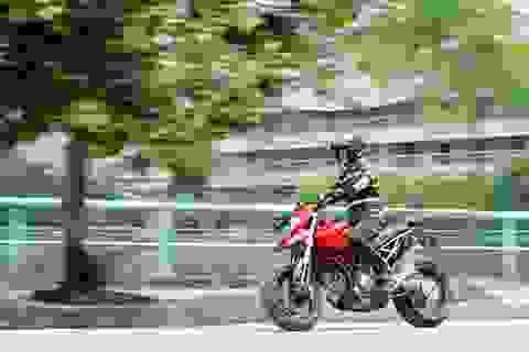 Ducati Hypermotard 1100S - Nếu bạn đủ dũng khí